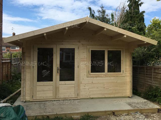 King 4m x 4m Log Cabin