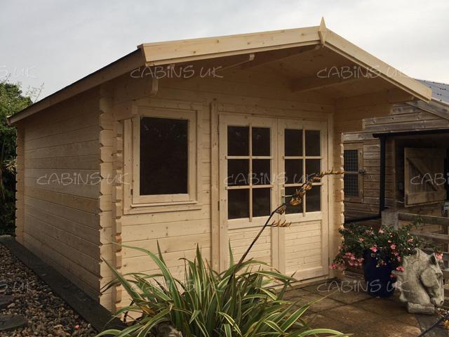 King 3x3 Log Cabin