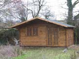 Helen L, Essex Log Cabin Picture and Review